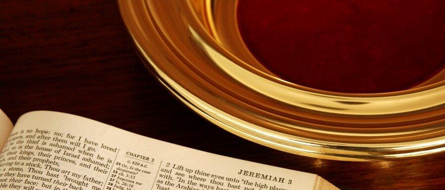 church-giving-apps-offering-plate.jpg